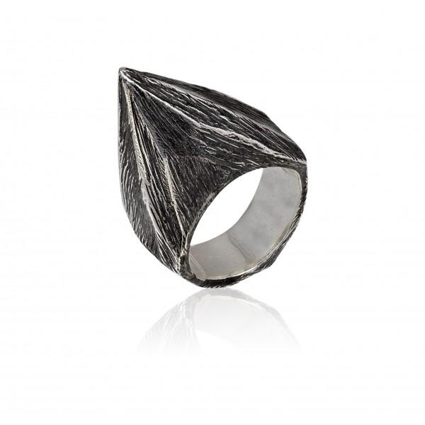 Δαχτυλίδι από Οξειδωμένο Ασήμι (hij_DA_102m)
